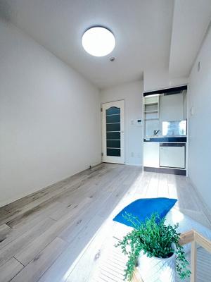 キッチンは1口IHクッキングヒーター♪IHは火を使わないので安心なうえ、お掃除もラクラクです♪