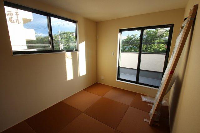 【施工例】実際に建築した和室の写真です。 色合いが素敵な和室は、客間としてもつかえますね。