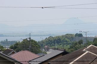 東側、琵琶湖の眺望