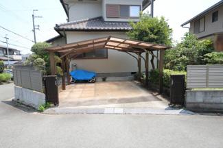 2台屋根付カーポート広々