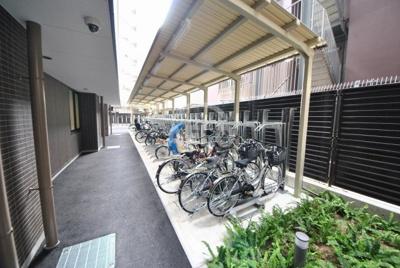 ブランズタワー・ウェリス心斎橋SOUTH 駐輪場