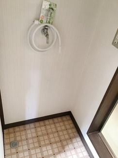 室内洗濯置場(2F)ベランダ近く