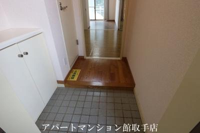 【玄関】キャッスル米の井