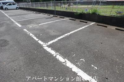 【駐車場】キャッスル米の井