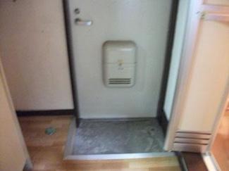 【玄関】サニーフラット田上