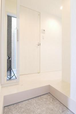 ハーモニーテラス塚越のシンプルで使いやすい玄関です☆