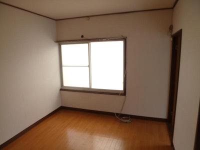 【寝室】栄町薮内貸家1