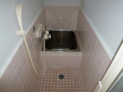 【浴室】栄町薮内貸家1