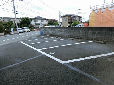 【駐車場】シャトルニシノ
