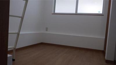 フェリスウィンディのこちらの居間で趣味の時間をお楽しみください