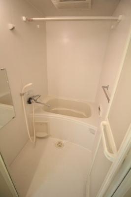 【浴室】メゾン・ド・グリシーヌ