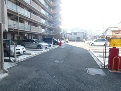 【駐車場】藤和シティホームズ小阪