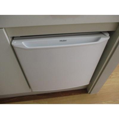 ダイヤモンドスクエア駒形のミニ冷蔵庫
