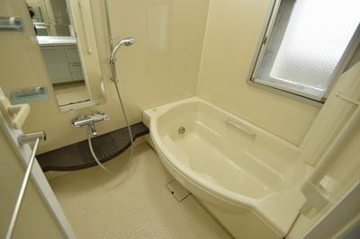 【浴室】プラウド吹田片山坂