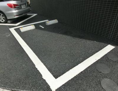 【駐車場】プリムローズ