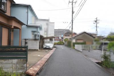 【前面道路含む現地写真】大阪府貝塚市久保 戸建