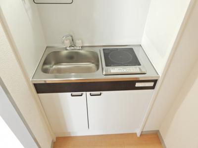 【キッチン】メラレンタルハウス4