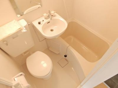 【浴室】メラレンタルハウス4