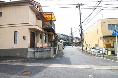 【前面道路含む現地写真】伏見区日野谷寺町 中古戸建