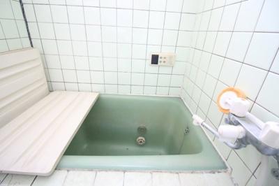 【浴室】伏見区日野谷寺町 中古戸建