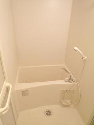 【浴室】クリーデンズ新大阪