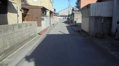 【前面道路含む現地写真】久米町 売地