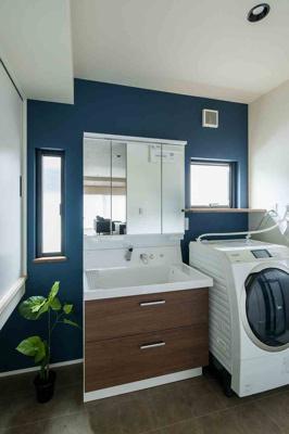 当社施工例:洗面室