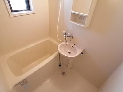 【浴室】タウンハウスアミィ
