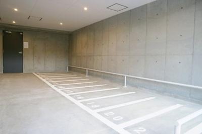 【駐車場】レオンヴァリエ大阪ベイシティ