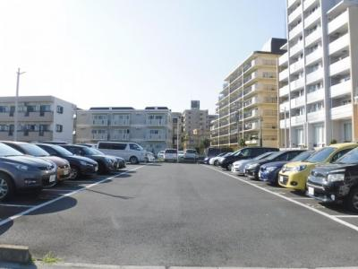 フローラルシリーズ入居者専用駐車場
