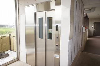 エレベーター完備♪