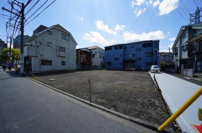 【前面道路含む現地写真】保土ヶ谷区神戸町 全3区画建築条件付売地