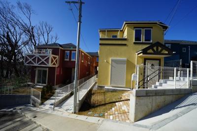【外観】最終1棟!欧風デザインの住宅♪床暖房付のLDK19.1帖4LDK。上星川2丁目全4棟新築戸建