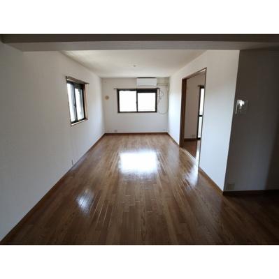 【居間・リビング】ファミリーマンション紺屋
