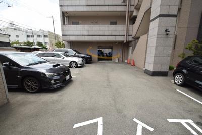 【駐車場】パークレジデンス江坂