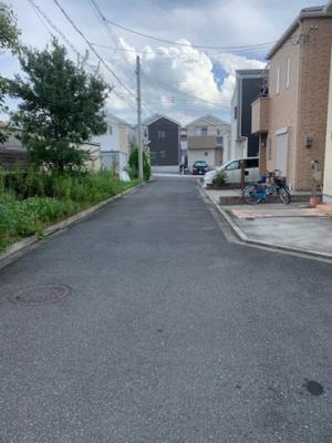 【前面道路含む現地写真】寝屋川市明和町2丁目中古戸建