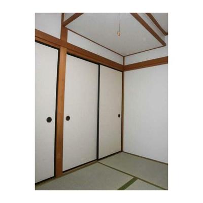 久本ビルの和室