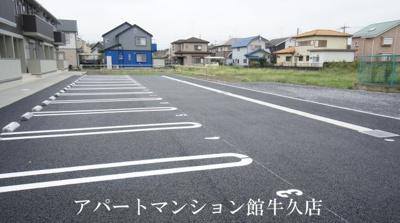 【駐車場】アビタシオンプリュネ