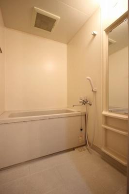 【浴室】タイガーウイングマンション