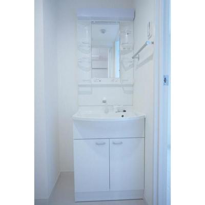 リブリ・パドルの独立洗面台