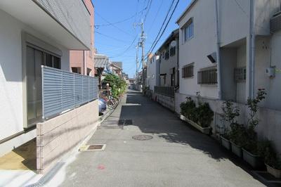 【前面道路含む現地写真】八尾市上之島町北1丁目新築一戸建て