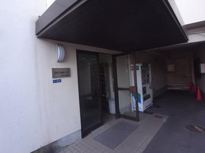 【エントランス】スミコー駅前コーポ