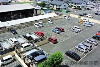 平置き駐車場と機械式駐車場