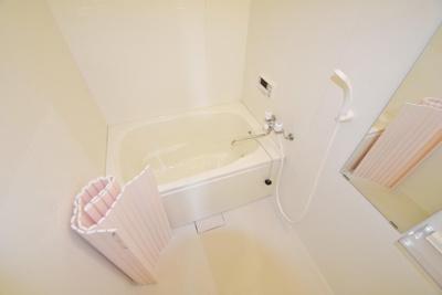 【浴室】島泉6丁目貸家