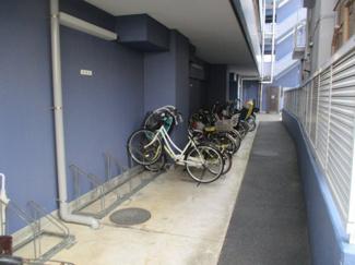 駐輪場 <セザール川口西青木 中古マンション>