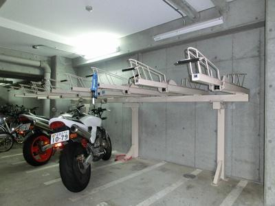 ラクラス新御徒町のバイク置き場です