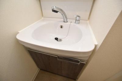 【独立洗面台】ララプレイス大阪新町ヴェレ