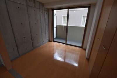 【寝室】大阪PRESTIGE ACCOMMODATION