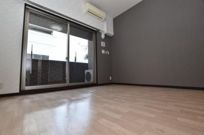 【寝室】プレジオ南堀江