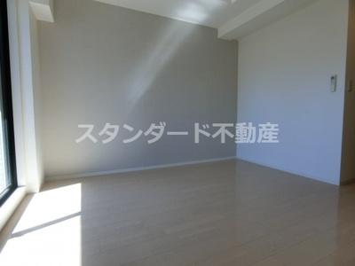 【寝室】レジュールアッシュ梅田NEX